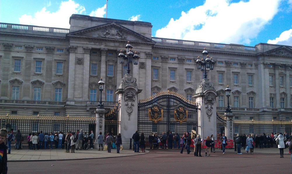 Buckingham Palace londra seyahat rehberi Londra Seyahat Rehberi londra 09