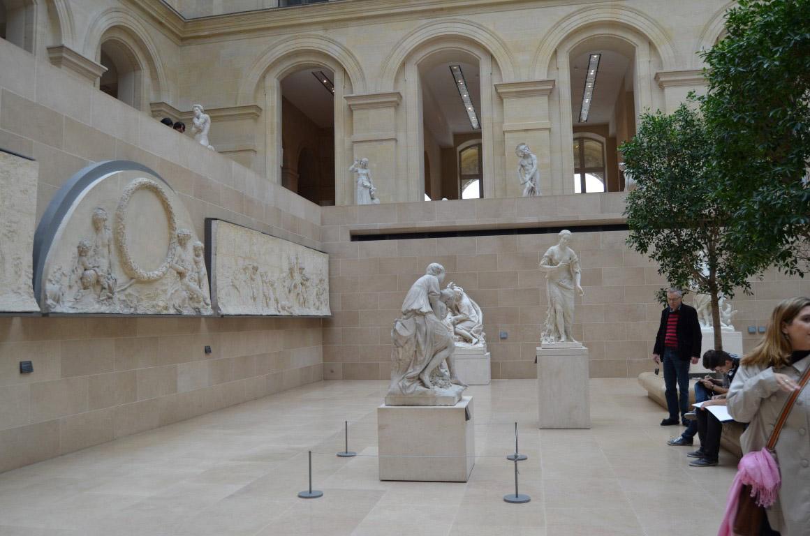 Louvre Müzesi paris seyahat rehberi Paris Seyahat Rehberi paris 06