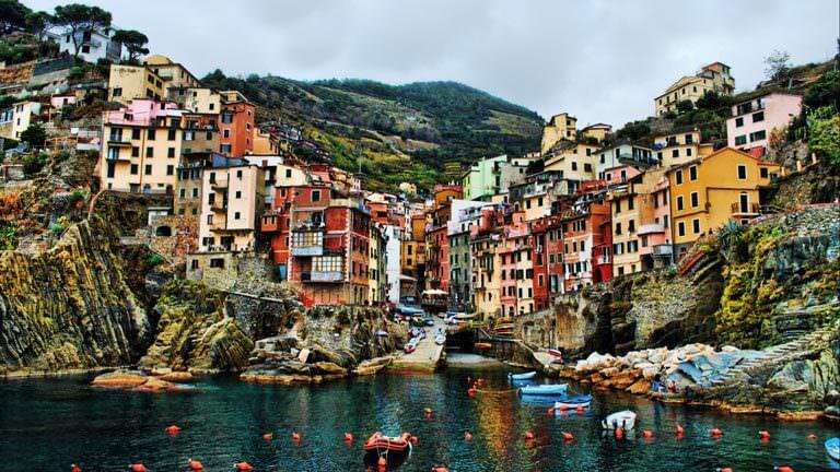 riomaggiore İtalya turları ile gezilecek 5 köy İtalya Turları ile Gezilecek 5 Köy! riomaggiore